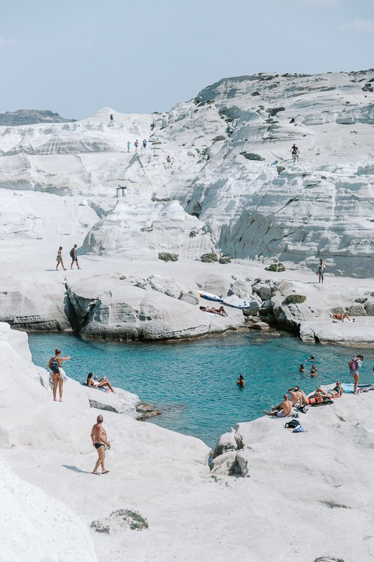 finding-the-best-beaches-in-Milos-2