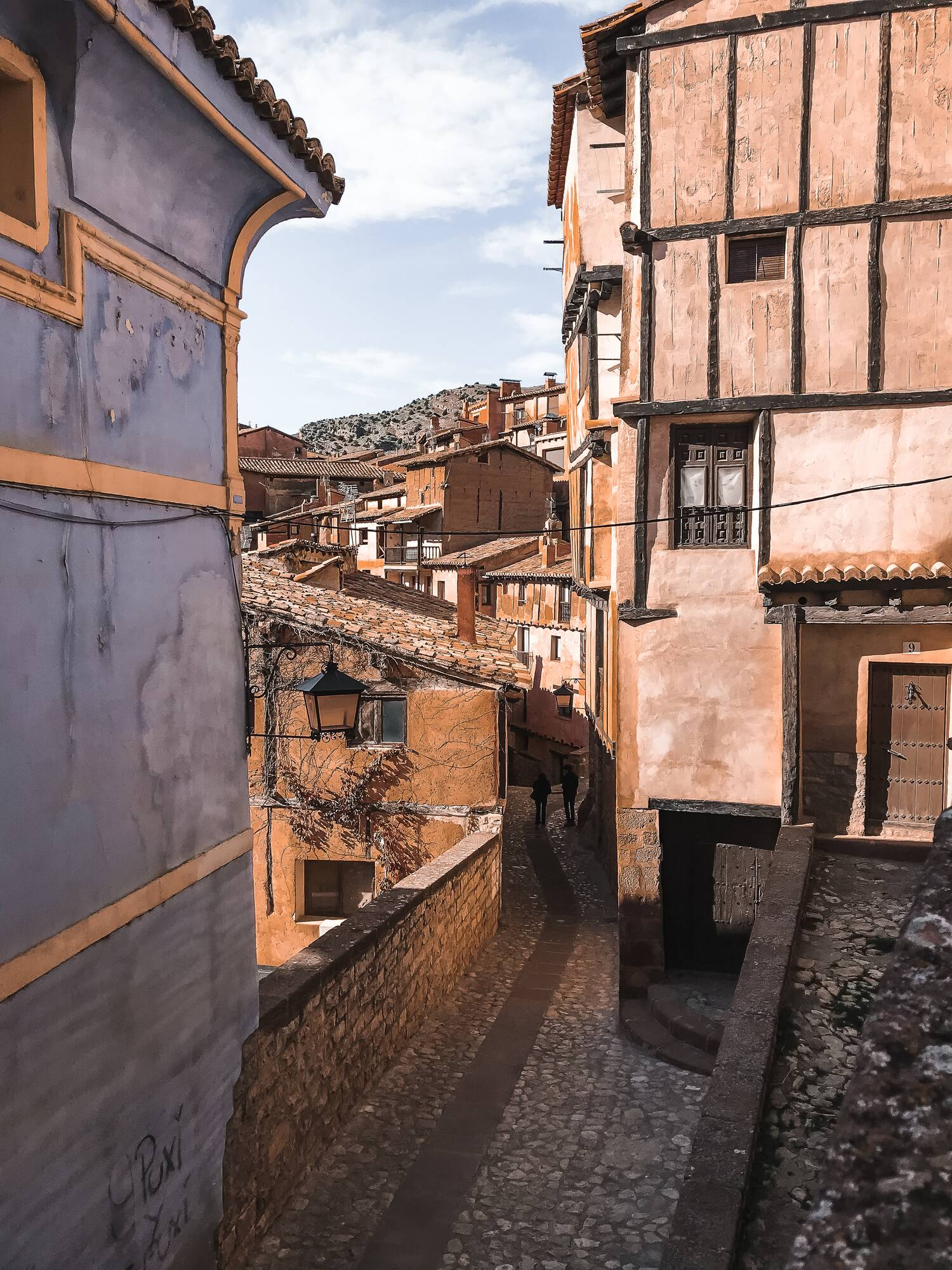 A guide describing how to get to albarracin and what to visit in albarracin